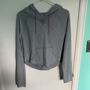 Under Armour Cropped Hoodie